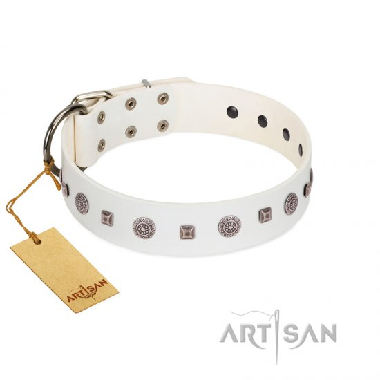"""Drops on Snow"" Handmade FDT Artisan White Leather Great Dane Collar Adorned with Silver-Like Studs"