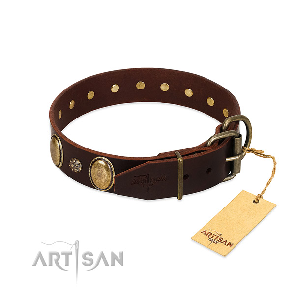 Everyday use flexible genuine leather dog collar