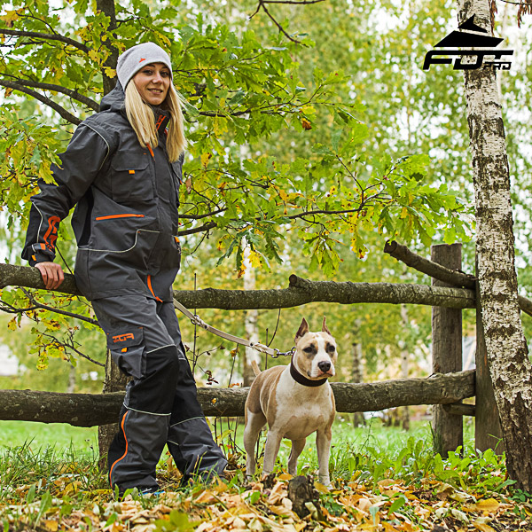 Comfortable Back Pockets on Men / Women Design Pants for Active Dog Training